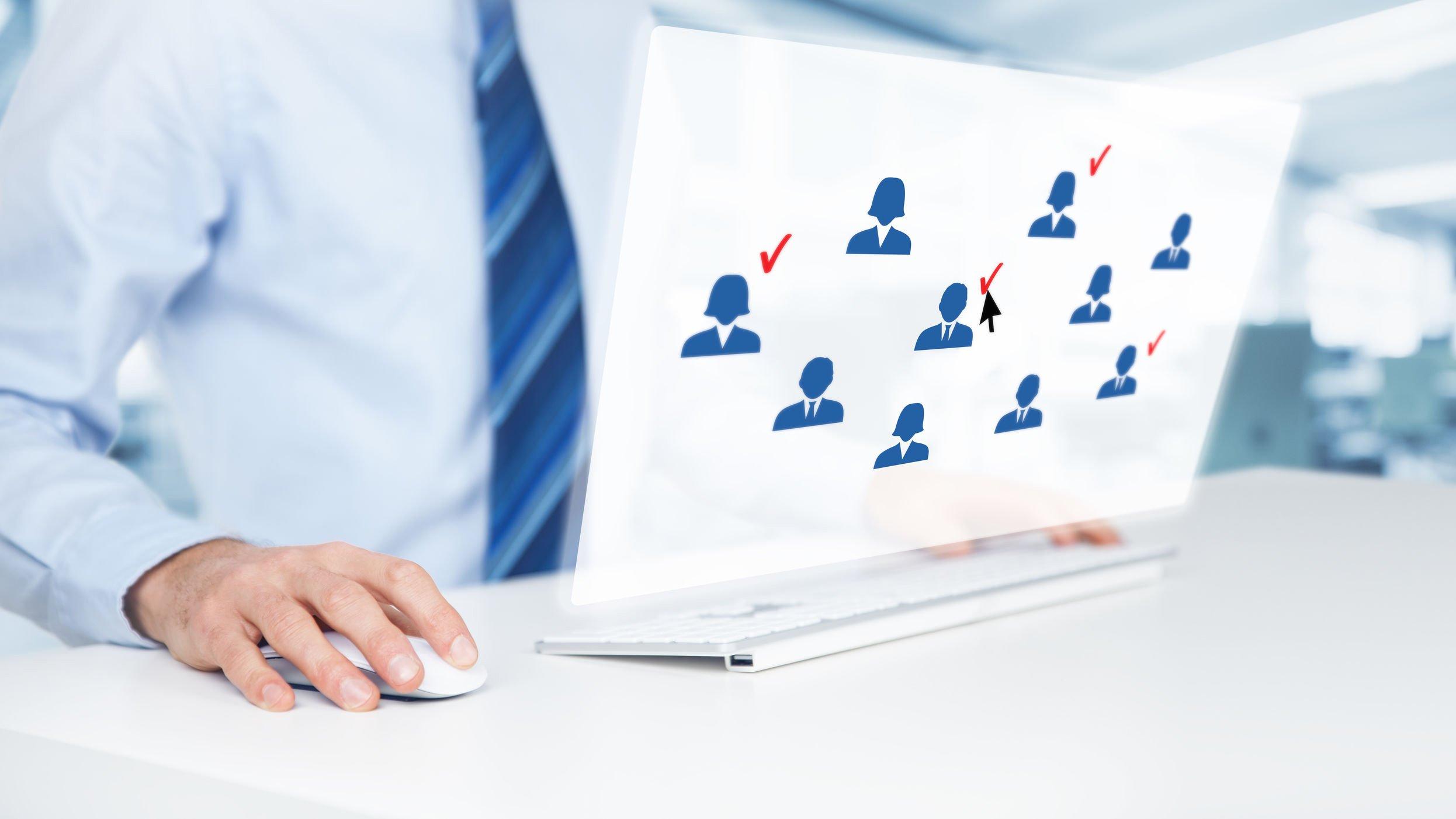 7 strategie per aumentare la tua base clienti grazie al CRM
